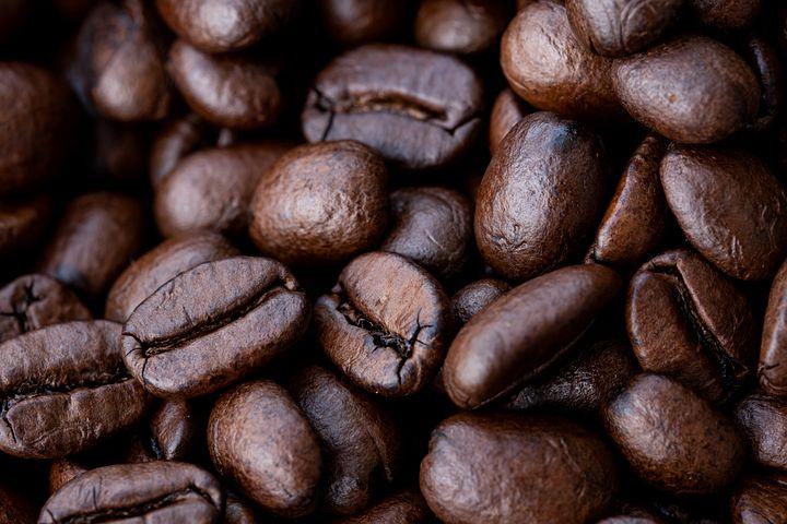 Wspaniały aromat świeżo palonej kawy